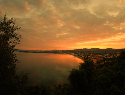 Ipsos_Beach_Sunset_hotels-corfu
